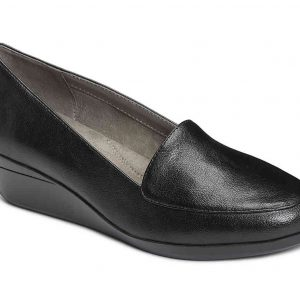 Women's True Match Slip-On Loafer Black