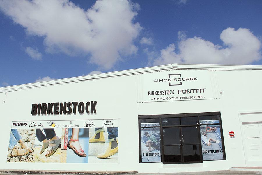 fa6df2033817 Birkenstock Gizeh Metallic stones Cooper – Birkenstock FootFit Simon ...